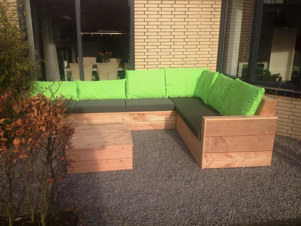 Maatwerk loungeset van Douglashout in Den Haag